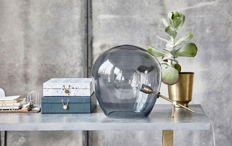 Globe-lampe